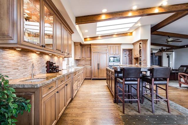 prostorná kuchyň.jpg